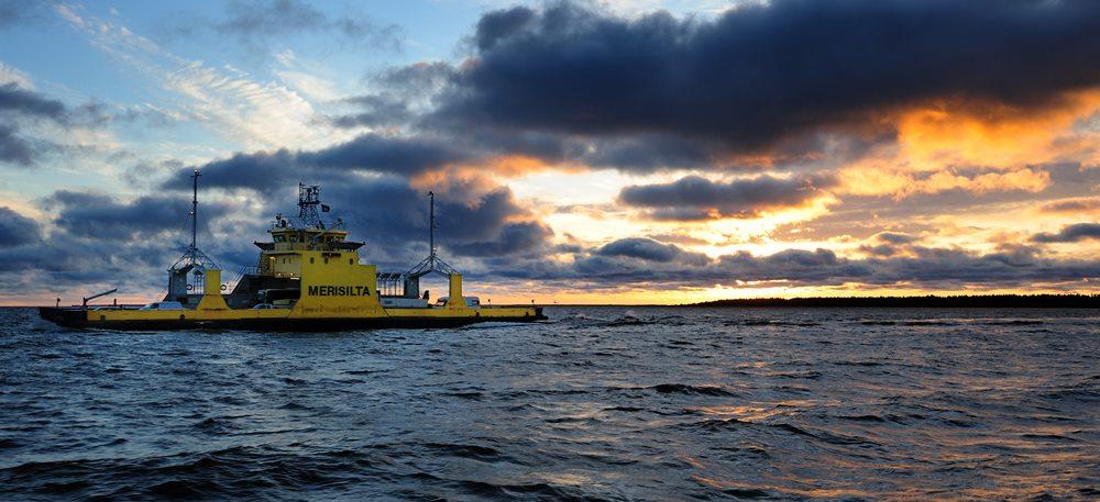 Паромы на архипелаге Финляндии